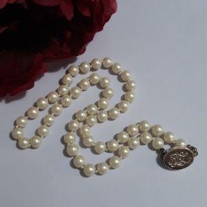 Vintage Ralph Lauren faux pearl necklace